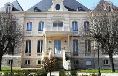 EHPAD RESIDENCE CHATEAU NODET 77130 Montereau-Fault-Yonne