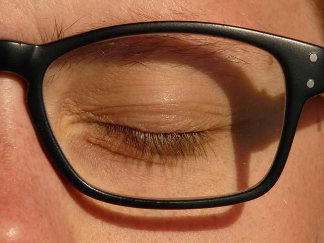 Des lunettes connectées contre la somnolence au volant