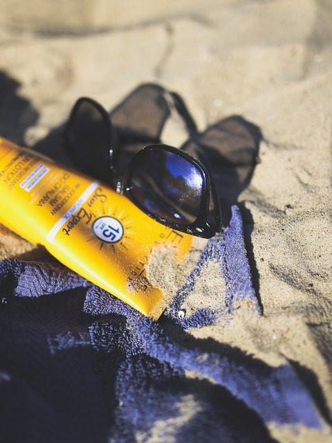 Crème solaire : laquelle choisir et comment ?