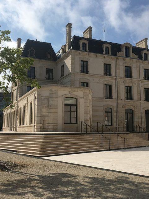 Tarifs EHPAD en Haute-Marne (52), à partir de 44 € / jour