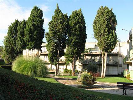 R sidence autonomie l 39 ensouleiado salon de provence 13300 t l phone mail adresse - Maison de retraite salon de provence ...